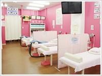 G鍼灸整骨院施術室